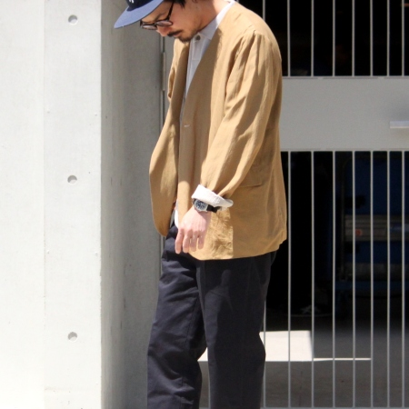 Jacket:「STILL BY HAND」(スティルバイハンド)No Collar Jacket -Camel- Size:46  Polo Sht:「STILL BY HAND」(スティルバイハンド)Knit Polo Shirts -Lt Gry- Size:46  Pants:「STILL BY HAND」(スティルバイハンド)C/L 1Tuck Slacks -Navy- Size:44